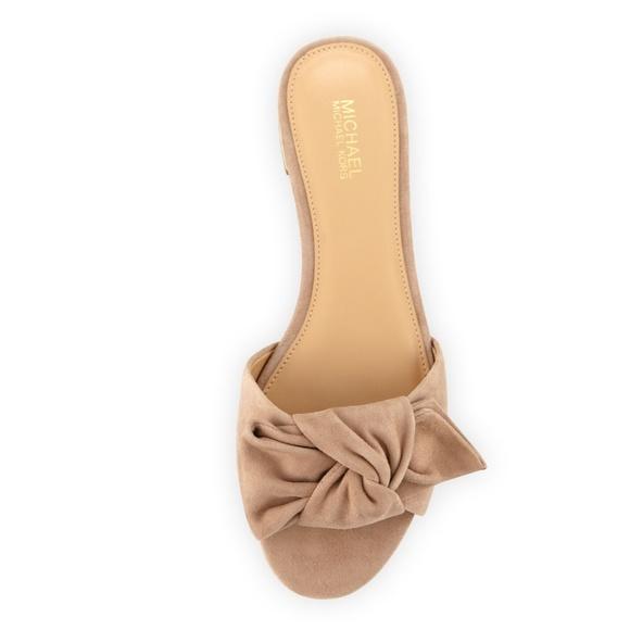 711350ed2a70 MICHAEL Michael Kors Shoes